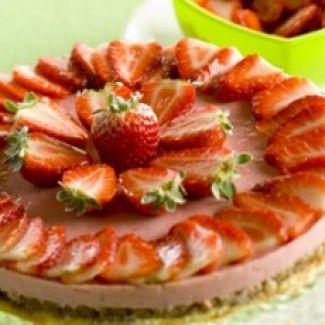 Aardbeienmoussetaart