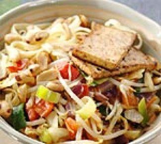 Sajoer Tjampoer Met Pinda's En  Tofu