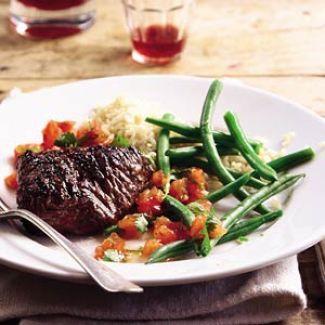Gegrilde Biefstuk Met  Tomatensalsa En Sperzieboontjes