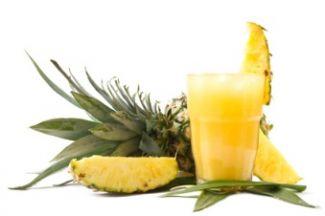 Ananas Smoothie Met Yoghurt En Bosbessen