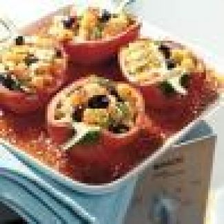Baby-paprika's Gevuld Met Mozzarella En Pesto