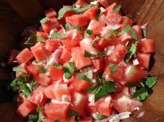 Watermeloensalade Met Gepofte Rijst
