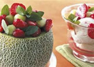 Meloen Met Aardbeien En Ijs