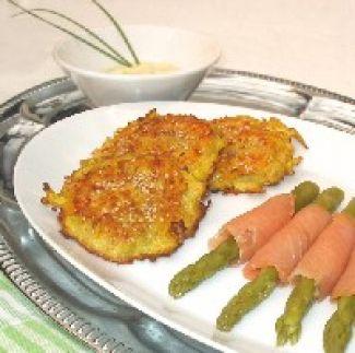 Asperges In Gerookte Zalm Met Krokante Aardappel-wortelkoek