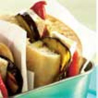Ciabatta Met Paprika, Aubergine En Camembert