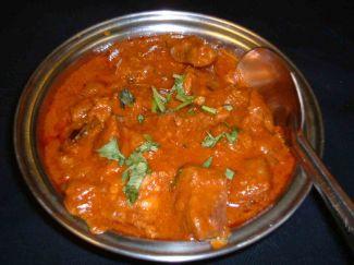 Curry Met Lamsgehaktballetjes En Tomaat