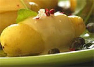 Gepofte Aardappelen Met Gesmolten Kaas, Kappertjes En Rucolasaus